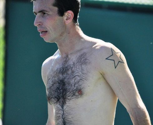 radek-stepanek-tattoo-tennis-10236010-489-400