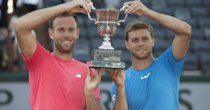 636327206709276500-french-open-doubles